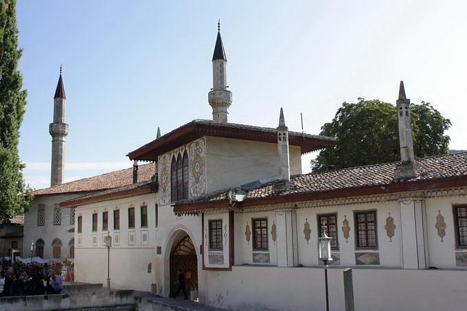 Палац ханський