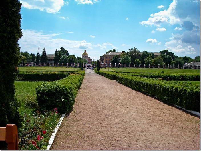 2010 р. Перспектива від палацу на костел домініканців. Вигляд з північного сходу