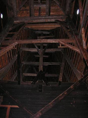 [2006 р.] Інтер'єр даху