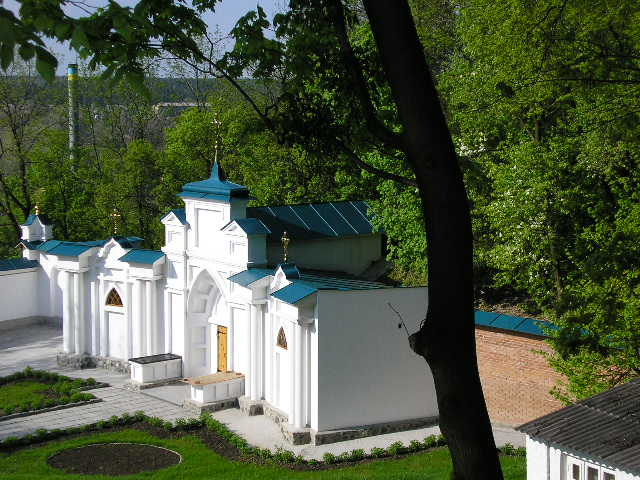 Церква св.Антонія і Феодосія Печерських