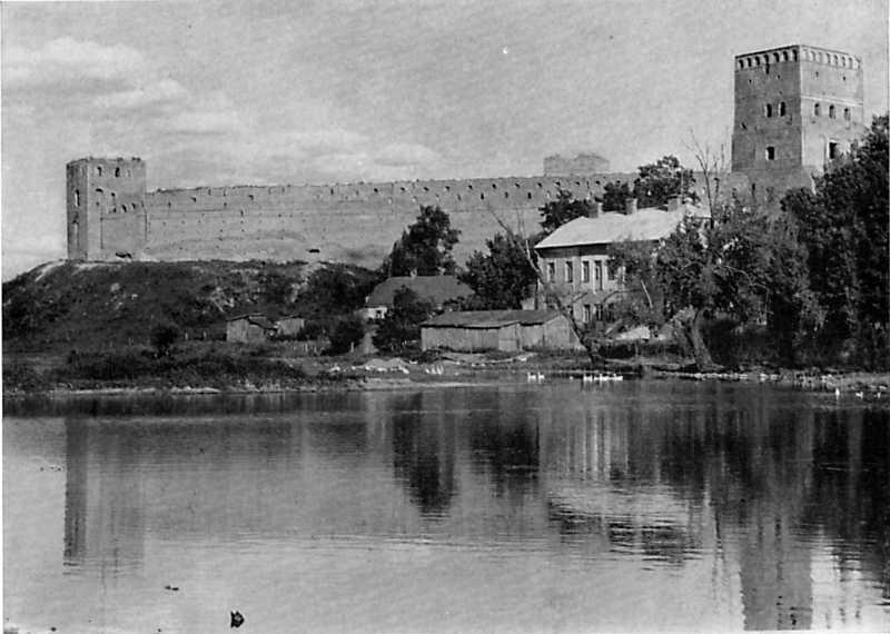 Замок в Луцьку. 13 – 16 ст.