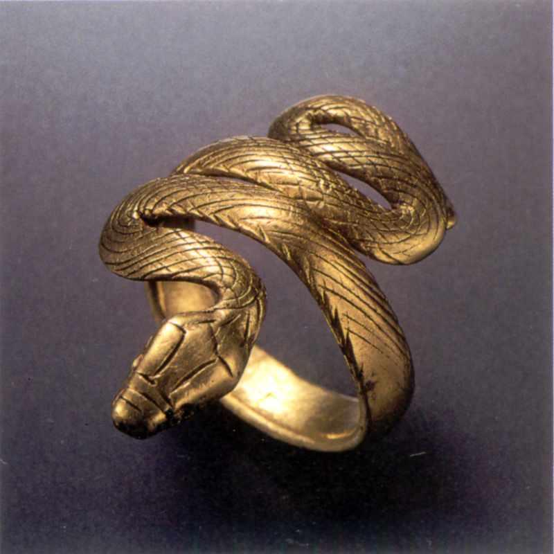 Каблучка у формі змії