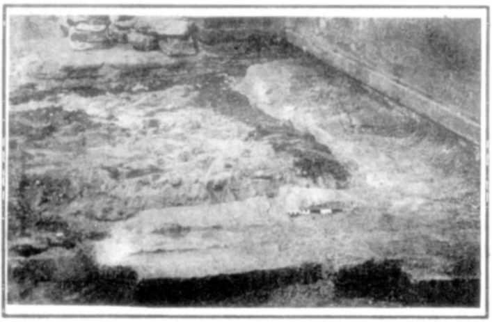 Відкриті шурфами стіни стародавнього притвору
