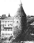 Гончарська башта після реставрації. Вигляд зі сходу