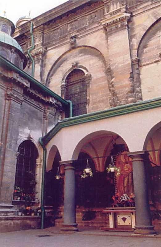 2006 р. Фрагмент двору