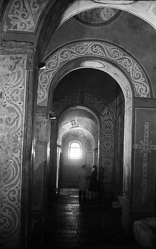 1976 р. Південно-східна внутрішня галерея. Вигляд з південного заходу