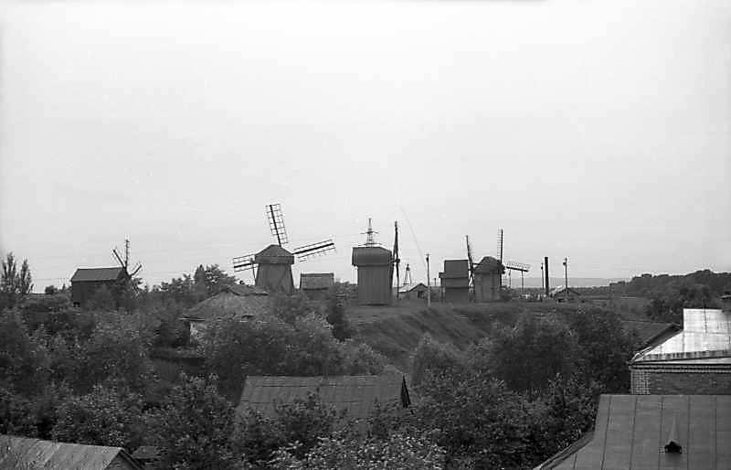 1977 р. Вітряки