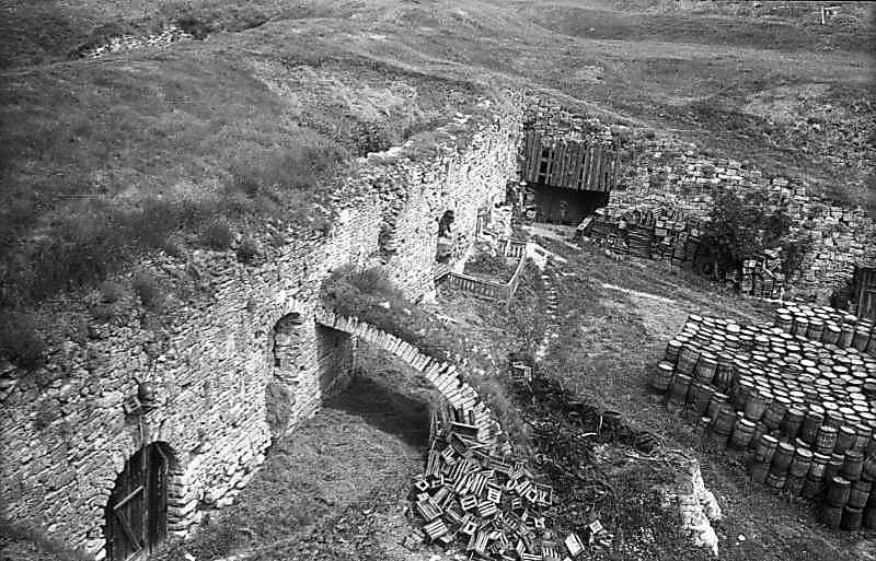1977 р. Західна куртина. Вигляд з південного сходу, з валу