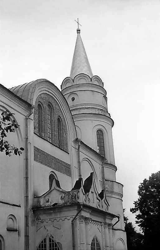 1977 р. Фрагмент західного фасаду в ракурсі. Вигляд з північного заходу