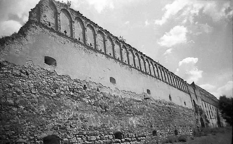 1977 р. Південна стіна. Вигляд з південного заходу