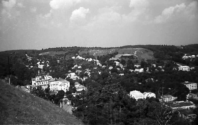 1977 р. Вид на центр міста з вершини Замкової гори