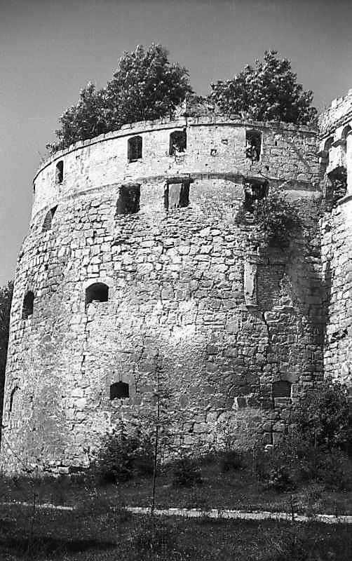 1977 р. Башта 9. Вигляд зі сходу