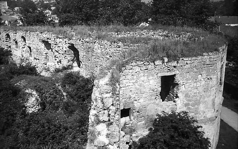 1977 р. Башта 3. Вигляд з верху стіни. Вигляд з верху стіни, з південного сходу
