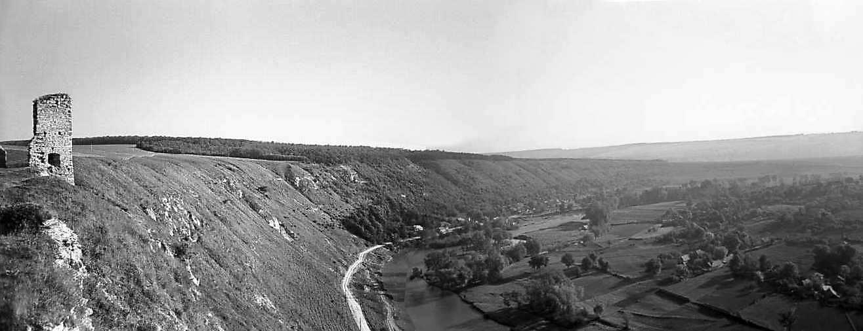 1978 р. Північна башта і панорама долини Збруча. Вигляд з південного сходу