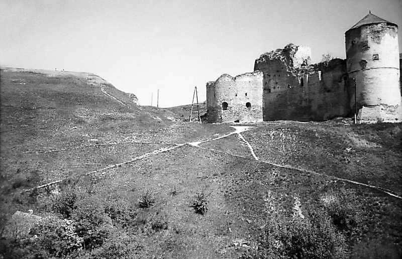 Частина Нового замку і західна частина Старого замку