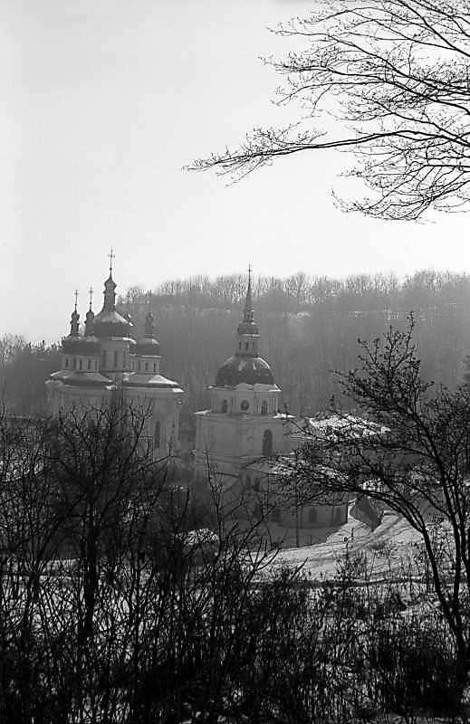 1980 р. Георгіївський собор і дзвіниця. Вигляд з північного заходу