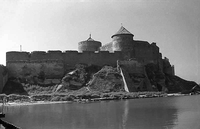 1987 р. Північно-східний ріг фортеці з цитаделлю. Вигляд з північного сходу