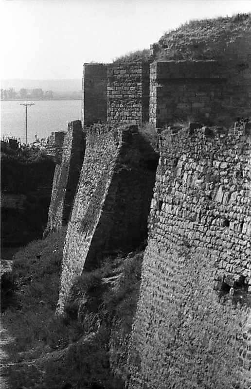1987 р. Західна ділянка південного фронту з баштами 12, 10, 9. Вигляд з південного сходу