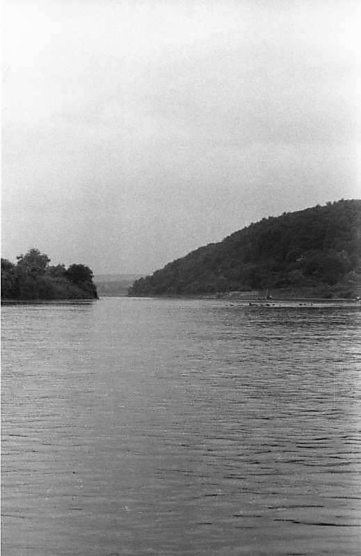 1988 р. Вид Дністра біля Єзуполя (вниз за течією)