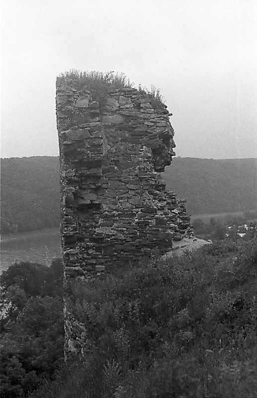 1988 р. Фрагмент муру. Вигляд з півдня