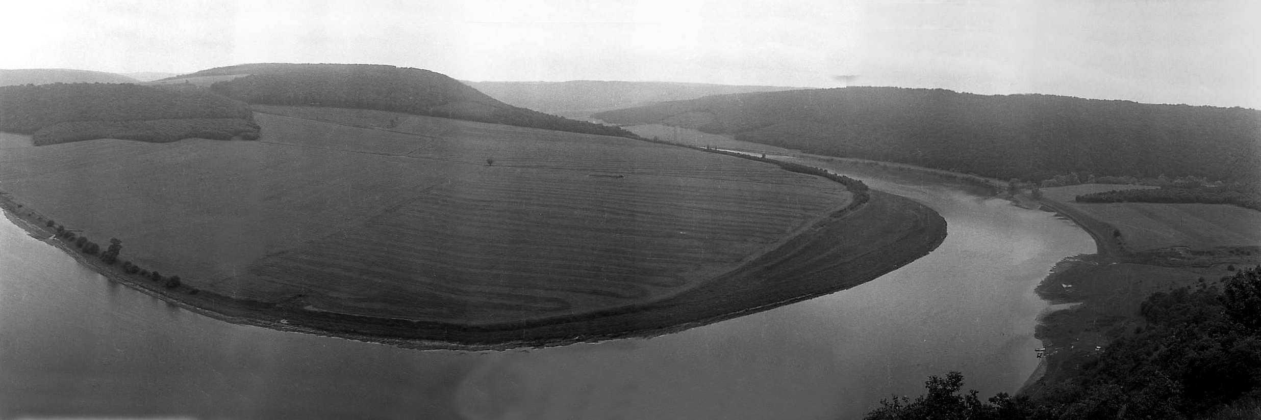1988 р. Панорама луки Дністра з Червоної гори
