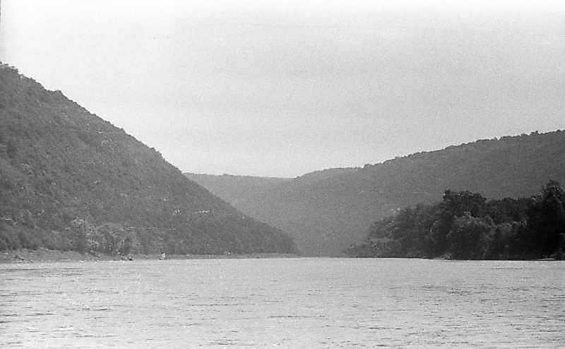 1988 р. Вид Дністра біля села Литяче