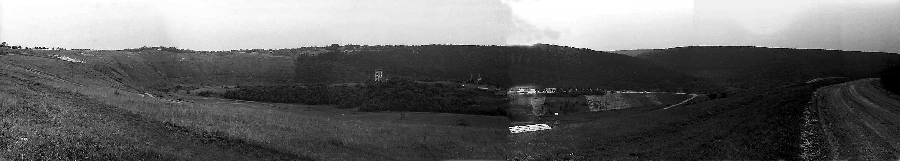 1988 р. Панорама долини з півночі