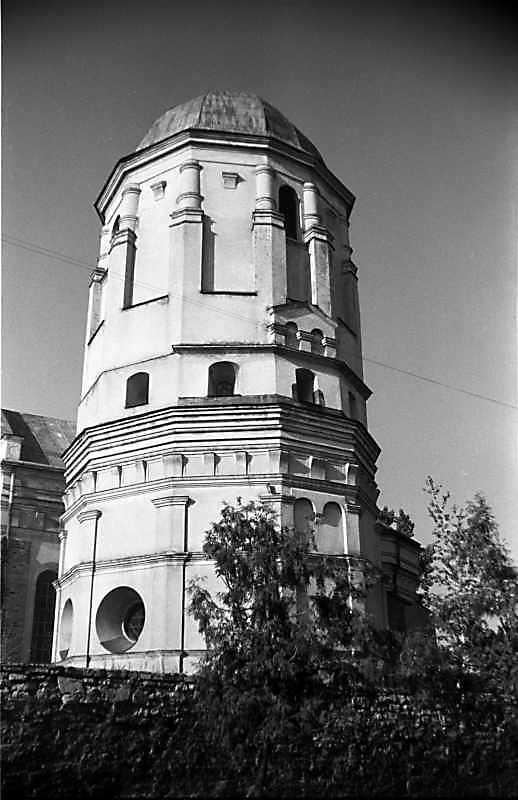 1988 р. Башта. Вигляд з південного заходу