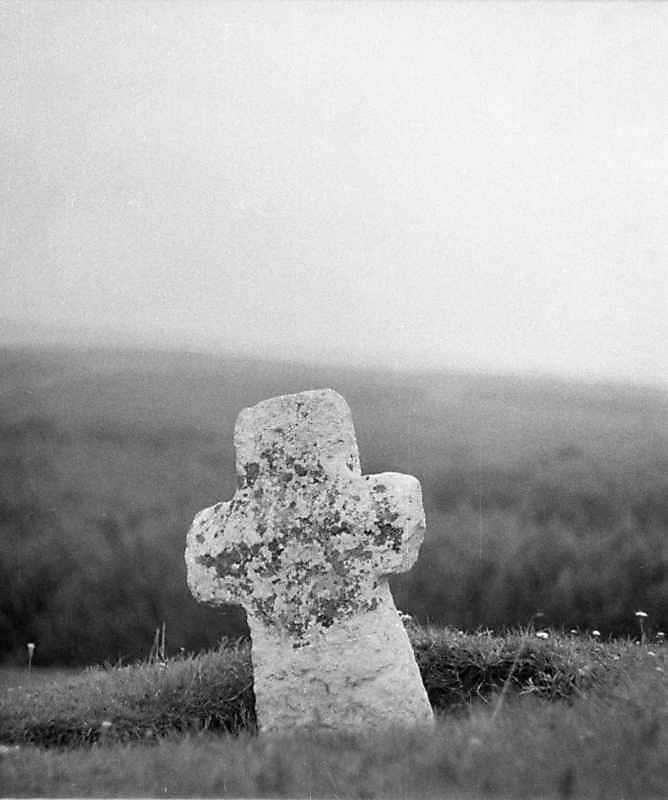 1988 р. Давній хрест (2)