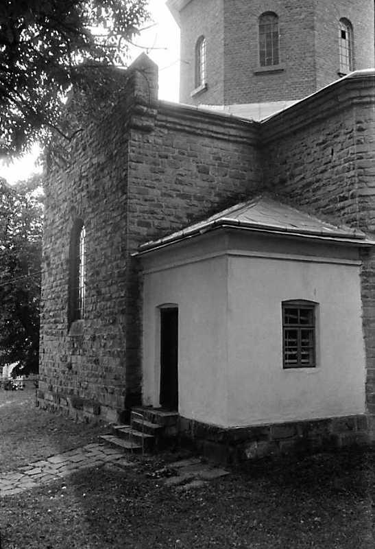 1989 р. Бічний фасад. Вигляд з позиції А2