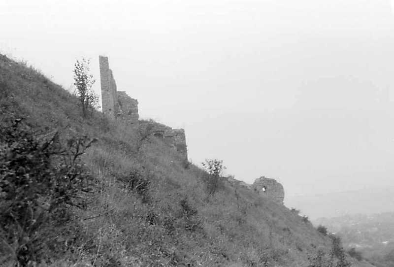 1989 р. Мури 5 – 2 і башта 1. Вигляд з півночі