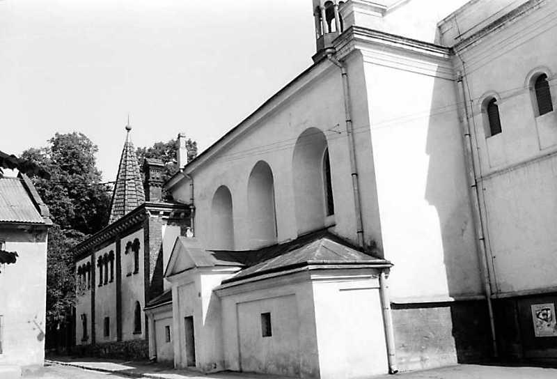 1990 р. Північний фасад. Вигляд з північного заходу