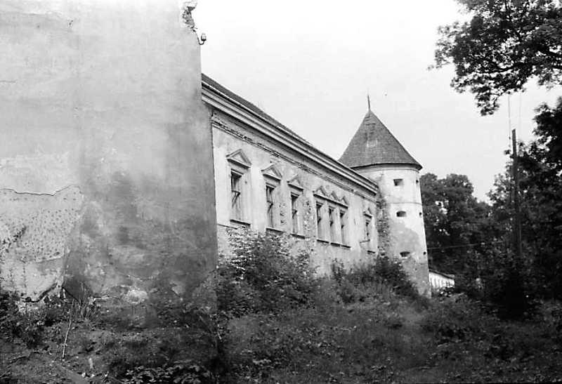 1990 р. Фрагмент башти 2, корпус 1, башта 1