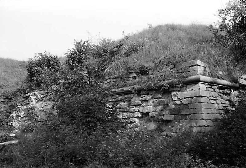 1990 р. Північний фас південно-західного бастіону. Вигляд з північного заходу