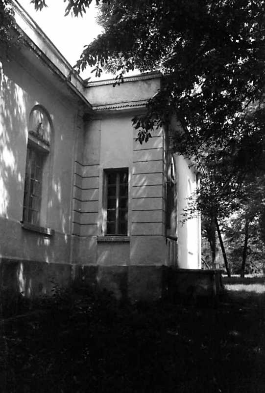 1991 р. Бічний фасад