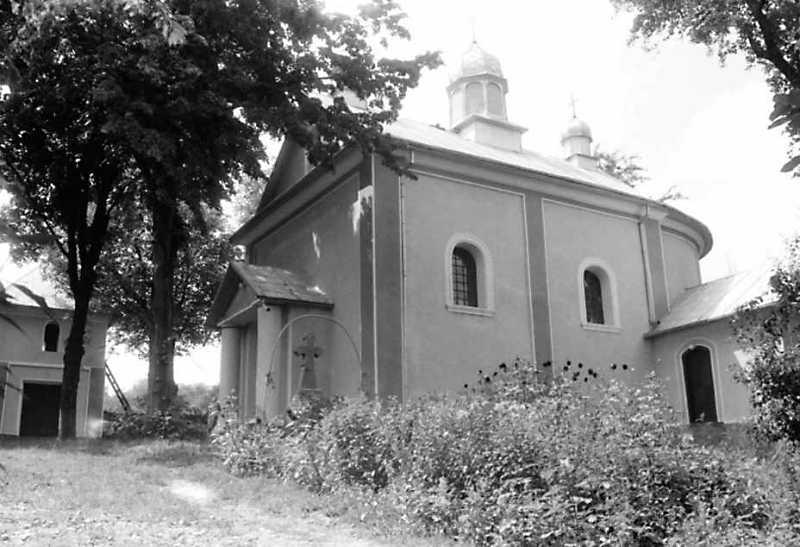 1991 р. Дзвіниця і церква. Вигляд з позиції А3
