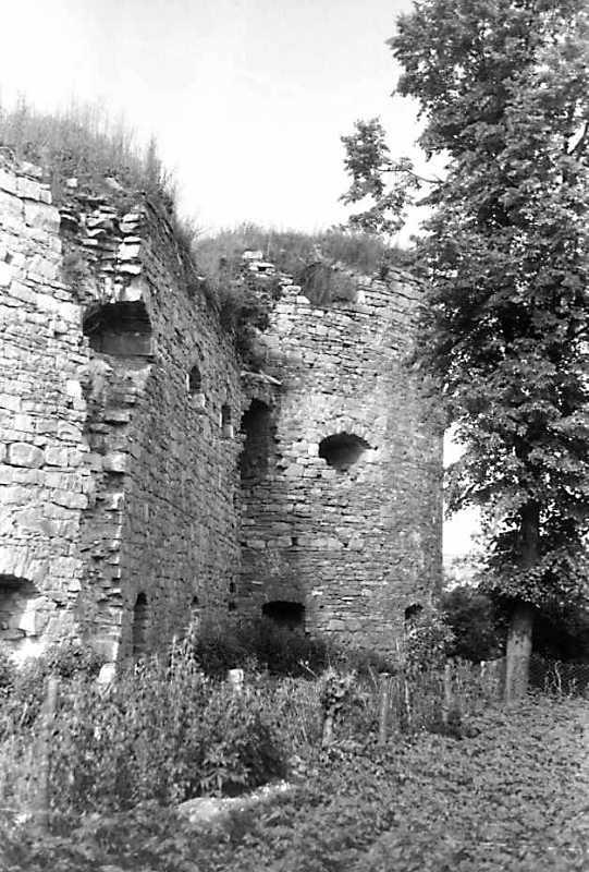1992 р. Куртина 5 і башта 4. Вигляд з південного заходу