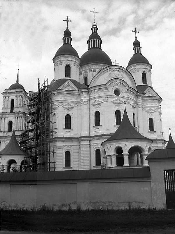 1994 р. Дзвіниця і собор. Вигляд з позиції С3