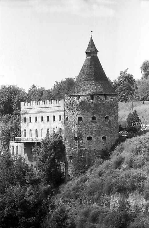 Гончарська башта