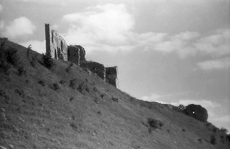 1996 р. Мури 5 – 2 і башта 1. Вигляд з півночі