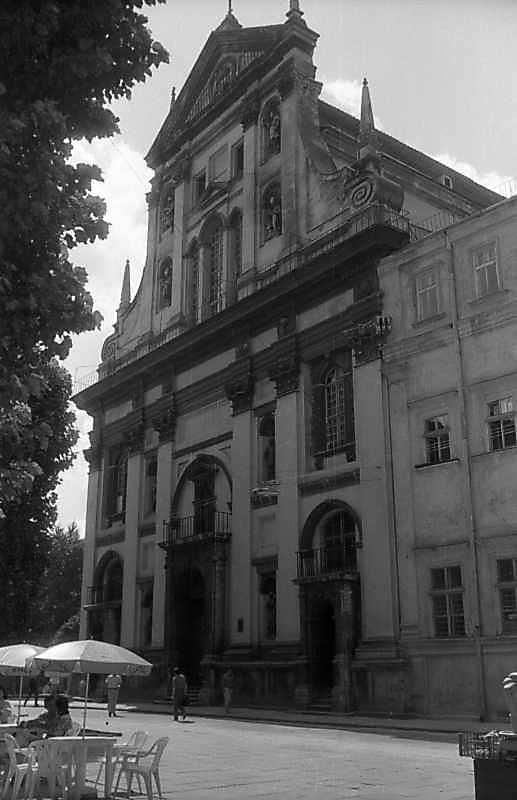 1997 р. Головний фасад. Вигляд з північного сходу