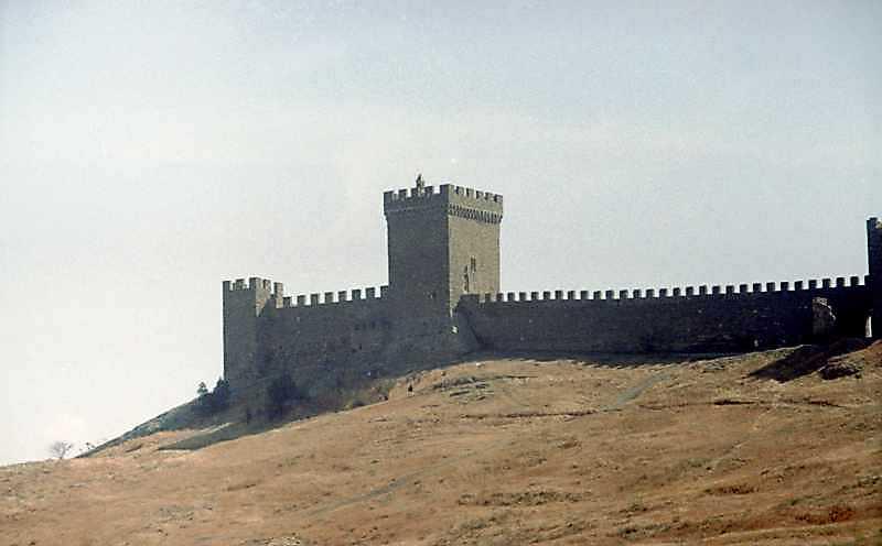 2001 р. Консульський замок. Вигляд з північного заходу