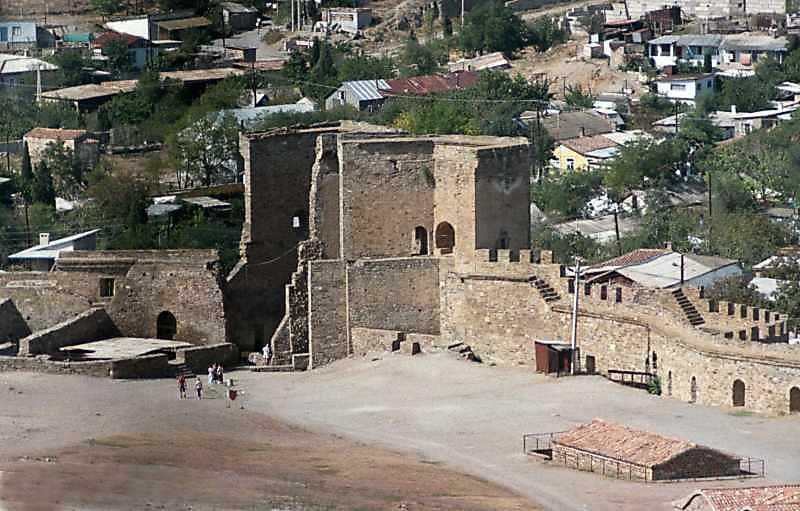 2001 р. Загальний вигляд з південного сходу, з цитаделі