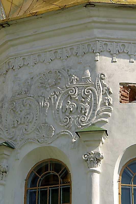 2007 р. Барабан головного куполу. Скульптурний декор. Вигляд з північного заходу