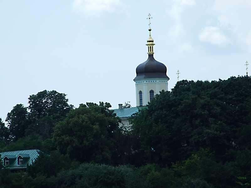 2007 р. Церква в панорамі Ботанічного саду