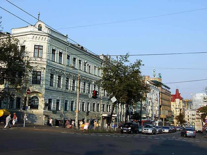 Льва Толстого вул.