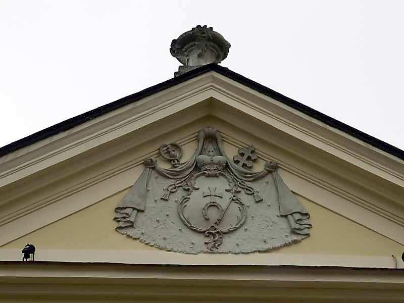Тимпан фронтону