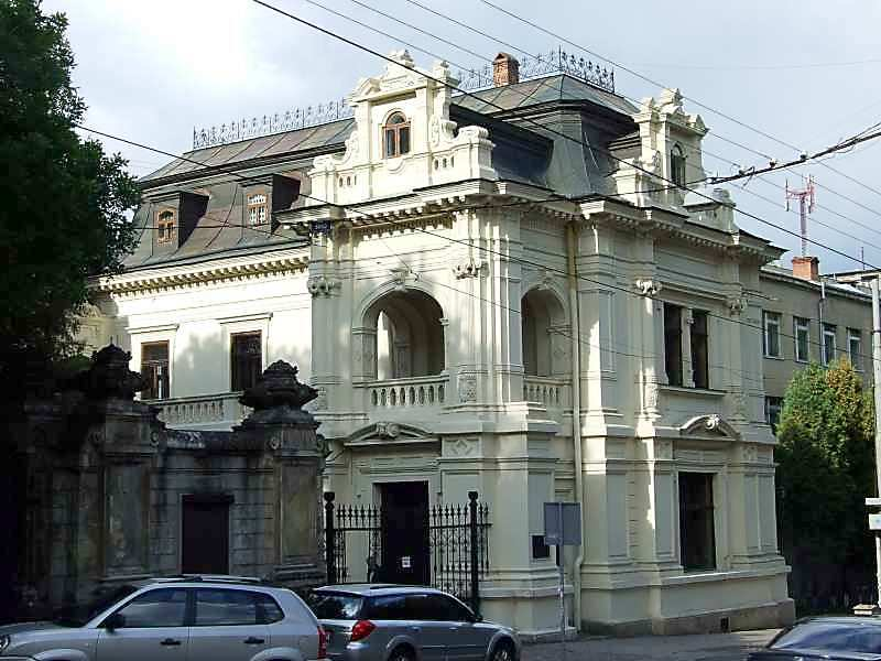 Палац Сапіг (№ 40а)