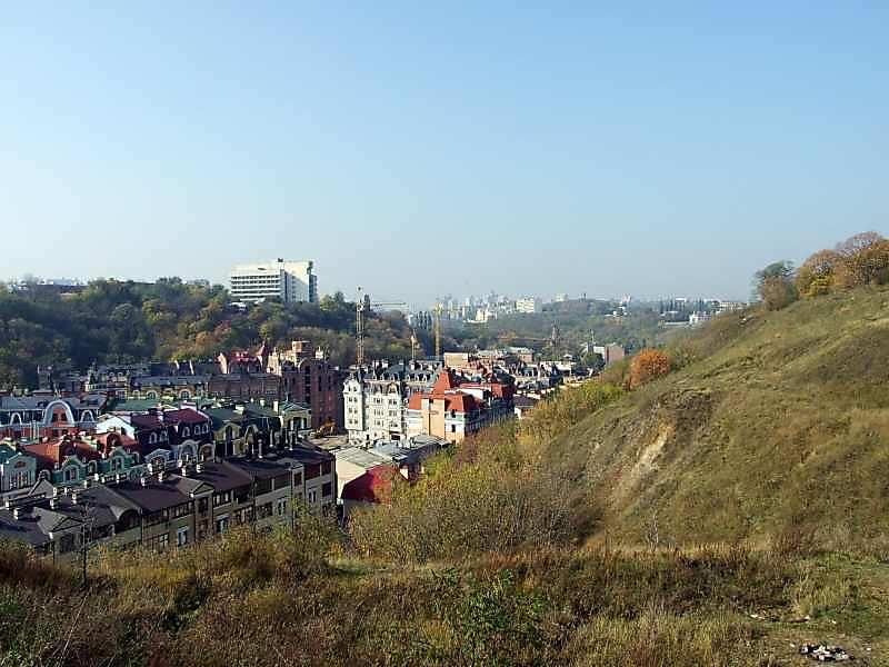 2007 р. Вид на долину Глибочиці із Замкової гори
