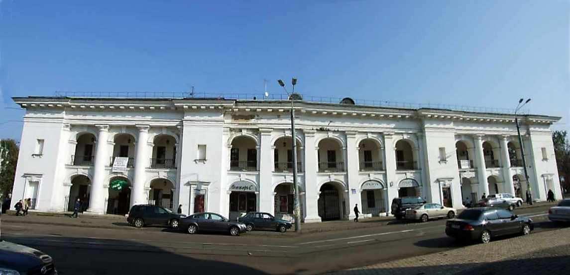 2007 р. Західний фасад. Вигляд із заходу